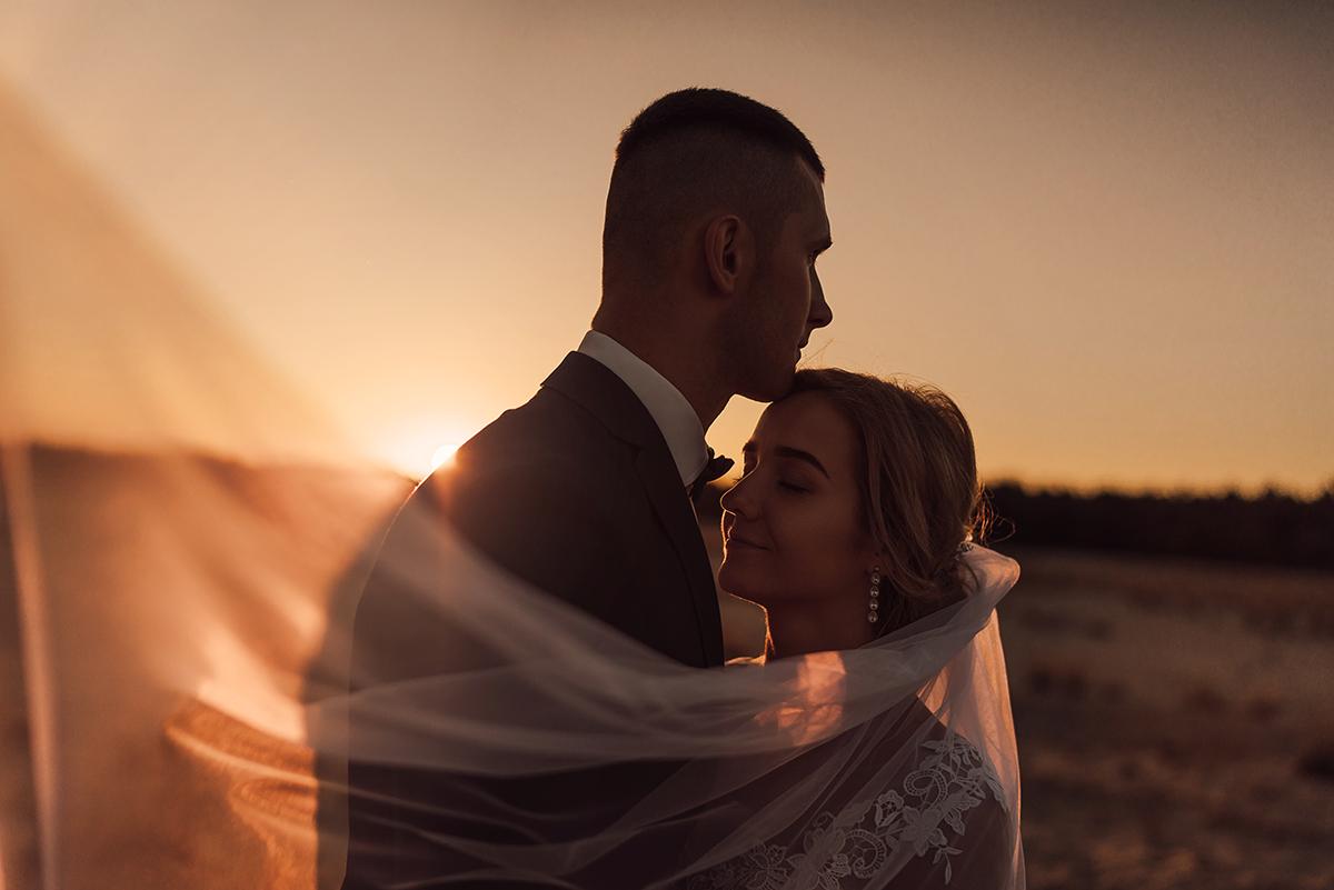 Sesja ślubna na Pustyni Błędowskiej | Fotografia ślubna Żywiec
